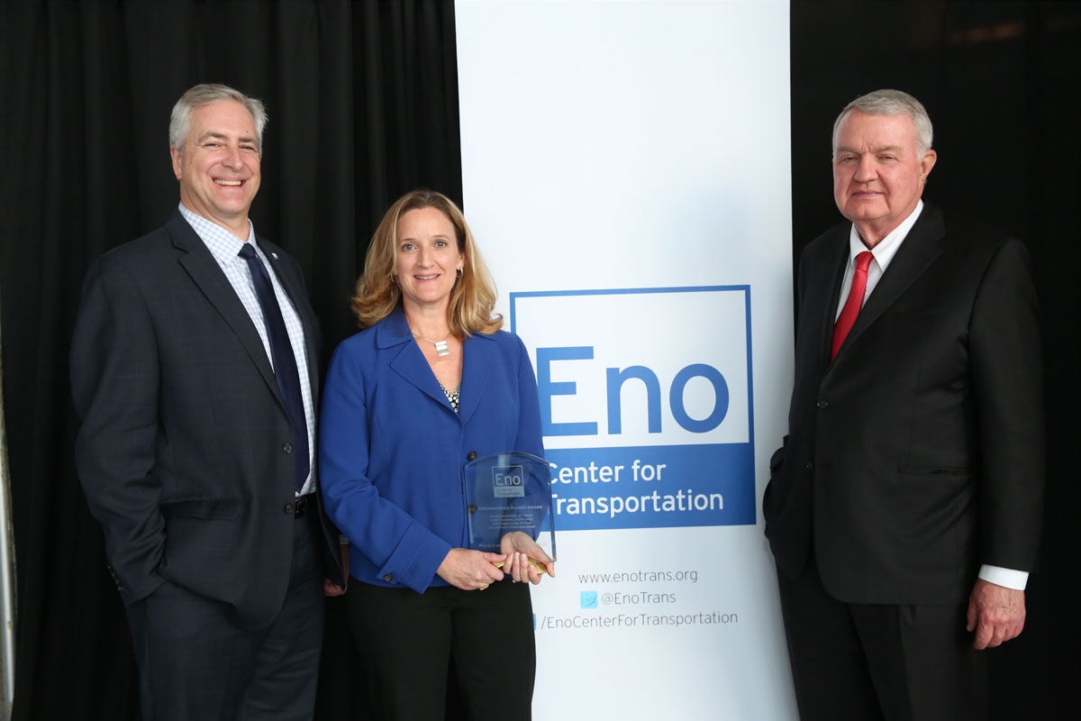 UC Davis Alumnus Patricia Hendren Receives the Distinguished Alumni Award from the Eno Center for Transportation