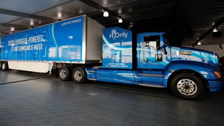 Prototype Hydrogen-Powered Semi-Truck